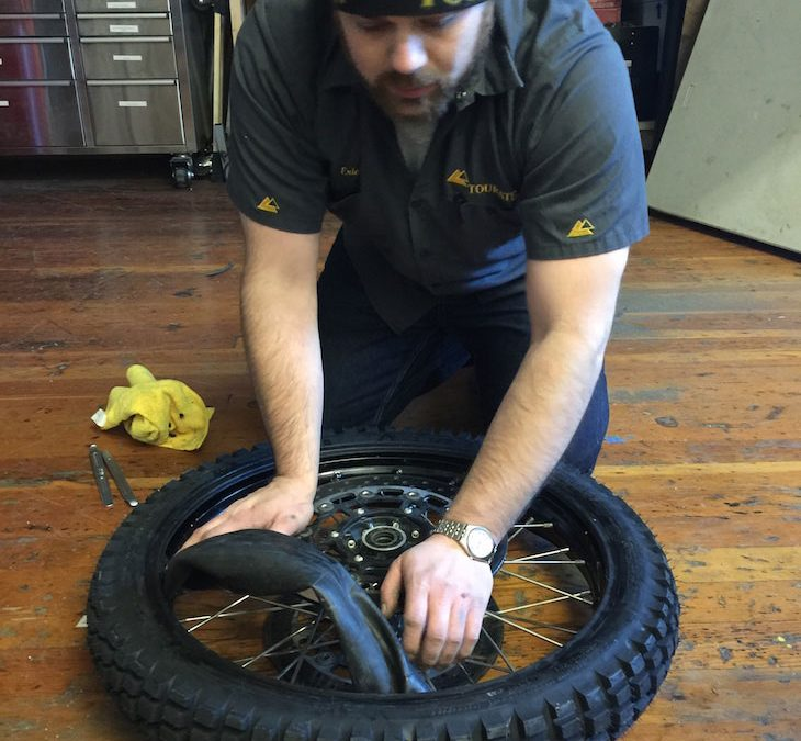HOW TO: Change a tyre