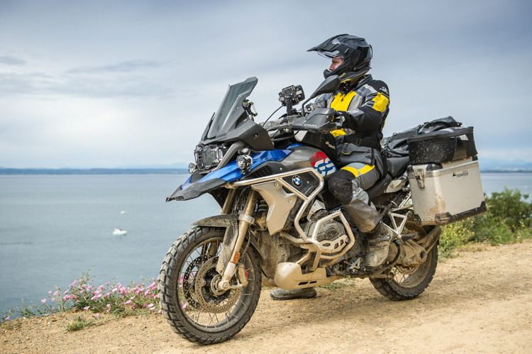 Touratech Desierto5: a true Adventure look for the GS